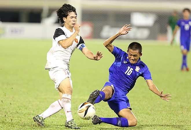 Cũng như nhiều đối thủ khác, U19 Thái Lan đã chọn lối chơi thô bạo để hạn chế lối chơi kỹ thuật, lắt léo của các cầu thủ U19 Việt Nam.