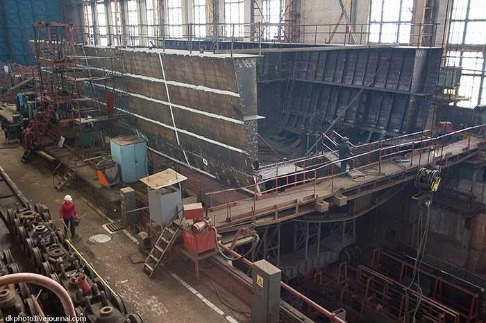 Dự kiến cuối năm nay hải quân Nga sẽ hoàn thành tàu tuần dương hạng nhẹ này
