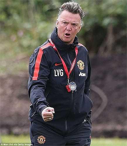 Thầy trò Van Gaal quyết tâm có chiến thắng đầu tiên trong mùa giải mới