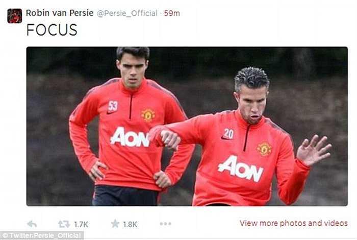Trên trang Twitter cá nhân, Percy cũng cho đăng ảnh khoe buổi tập đầu tiên trong mùa giải mới