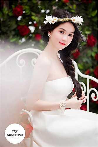 Cát xê của Ngọc Trinh thuộc hàng khủng nhất nhì showbiz Việt.