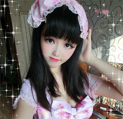 Tại Trung Quốc, búp bê đời thực này thậm chí còn có fanpage với hàng nghìn thành viên tham gia.