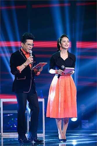 Với giọng nói ngọt ngào và tình cảm, Jennifer Phạm đang là một trong những người dẫn chương trình đắt show hiện này.