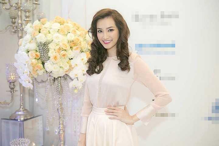 Trương Tri Trúc Diễm được biết đến như một hoa hậu, người mẫu thời trang.