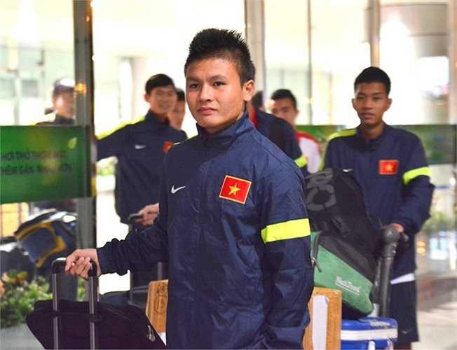 Tiền đạo Quang Hải. Anh bị chấn thương ở trận bán kết gặp U19 Thái Lan và không được sử dụng ở trận chung kết gặp U19 Myanmar.