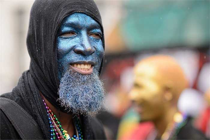 Nghệ sĩ tham gia cuộc diễu hành ở lễ hội Notting Hill, London