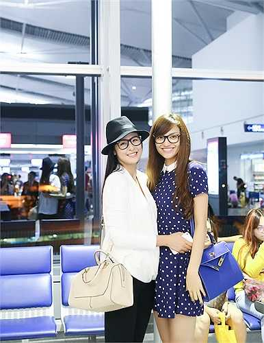 Ngọc Hân và Hồng Quế là hai người bạn thân thiết, tham gia trình diễn nhiều show thời trang cùng nhau.