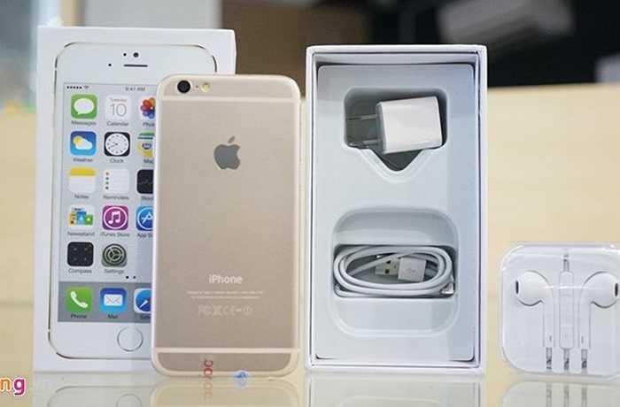 Cách đóng hộp và phụ kiện đi kèm đều giống hệt với iPhone 5S của Apple.