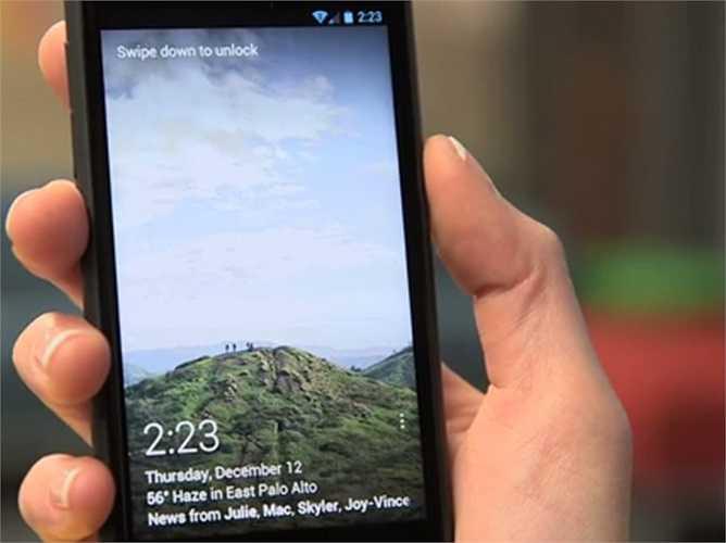 Facebook Home – 2013: Facebook đã cố gắng trở thành màn hình chính cho điện thoại với Home và đã thất bại. Trong vòng chưa đầy một tháng phát hành, kế hoạch đăng ký hai năm giảm từ 99 USD xuống còn 0,99 USD. Theo nhận xét, Home hoạt động chỉ dành cho người dùng cuồng tín nhất bởi nó quá tốn dung lượng vào mạng và pin điện thoại.