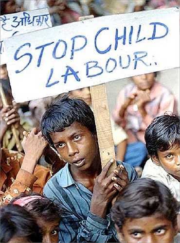 Nhiều chiến dịch kêu gọi ngăn chặn tình trạng lao động trẻ em đang diễn ra tại nhiều nước trên thế giới.