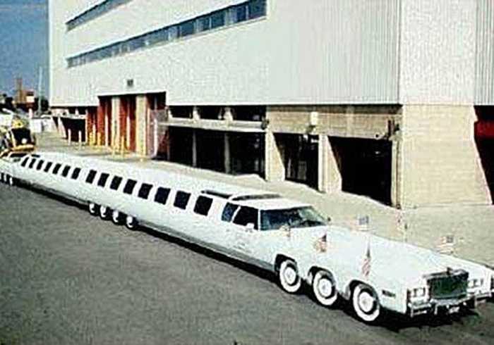 Danh hiệu limo dài nhất thế giới thuộc về chiếc xe này, được hãng Cadillac chế tạo. Xe có 26 bánh, chở được 75 người và từng được ghi danh vào kỷ lục Guiness