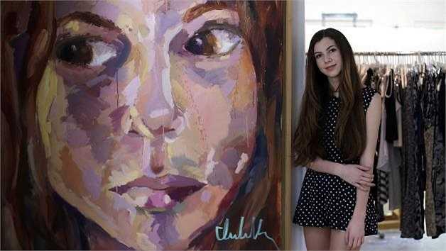 Ngay từ nhỏ Isabella Rose Taylor đã dành tình yêu cho thiết kế thời trang, Taylor đã làm quen với hội họa từ khi 3 tuổi.
