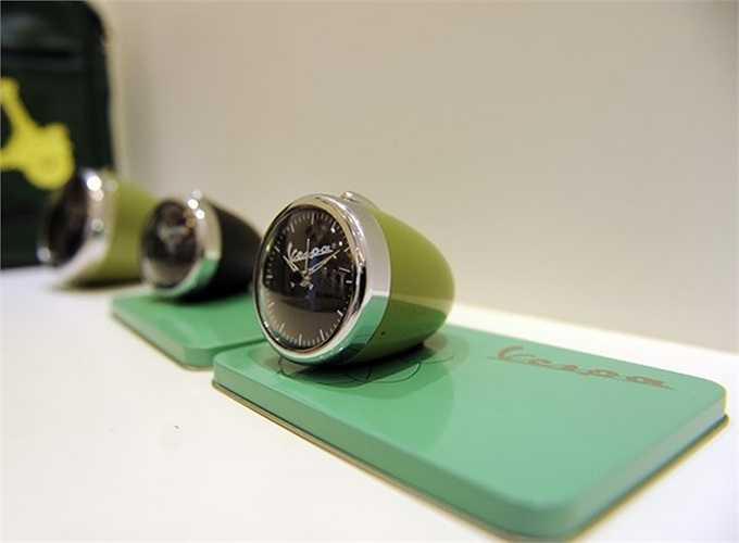 Đèn signal còn được lấy mẫu để chế tác ra những chiếc đồng hồ xinh xắn