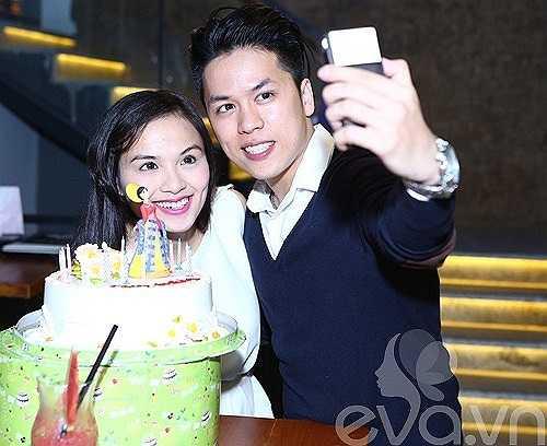 Ở tuổi 24, Diễm Hương vẫn vô cùng 'xì tin'.