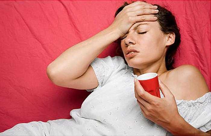 L-Cacnitin và L- Teanin có thể liên quan tới chiết xuất trà xanh trong thành phần ghi trên nhãn sản phẩm, mặc dù chúng là những axit amino nhưng quá nhiều chất này sẽ khiến bạn cảm thấy buồn nôn, tiêu chảy, mất ngủ, đau đầu và cảm giác lơ đãng.