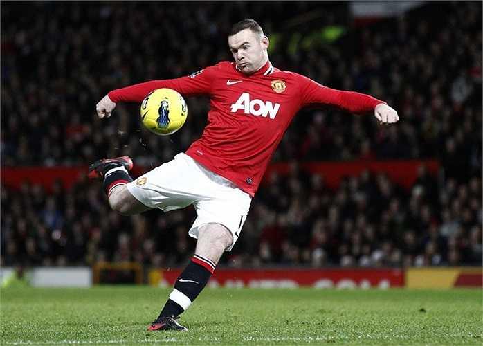 Năm 2004, tiền đạo người Anh gia nhập sân Old Trafford khi mới chỉ có 18 tuổi. Đến thời điểm hiện tại, Rooney đã trở thành thủ lĩnh Quỷ đỏ.