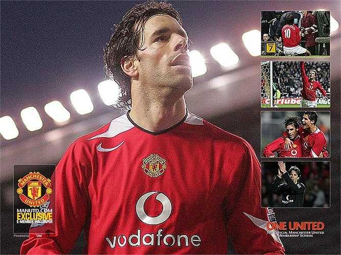 Ruud van Nistelrooy (19 triệu bảng). Sau khi đến Man Utd từ PSV với mức phí 19 triệu bảng vào năm 2001, Ruud Van Nistelrooy nhanh chóng trở thành cầu thủ trụ cột của CLB chủ sân Old Trafford.