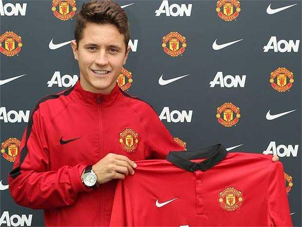Thêm một tân binh nữa của Quỷ đỏ góp mặt trong đội hình này. Ander Herrera được mua về từ Athletic Bilbao với giá 29 triệu bảng