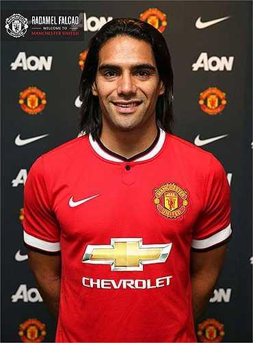 Falcao chính thức là cầu thủ của Man Utd