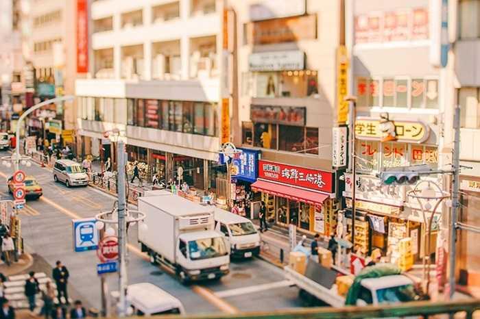 Đường phố Tokyo biến thành xứ sở tí hon