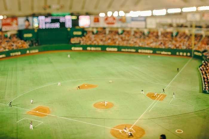 Sân bóng chày nhìn như mô hình thu nhỏ