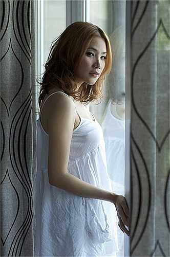 Hồ Quỳnh Hương từng chia sẻ: 'Một vết gợn rất nhỏ trong nhà cũng khiến Hương không hài lòng.'