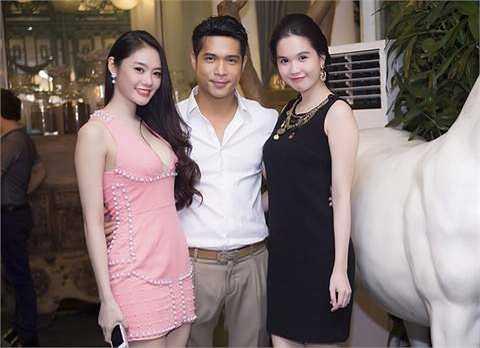 Linh Chi cũng vừa mới gây chú ý khi công khai thừa nhận đi phẫu thuật nâng ngực vì muốn được mặc bikini đẹp hơn.