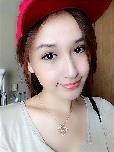 Mai Phương Thúy khoe nhan sắc xinh đẹp.