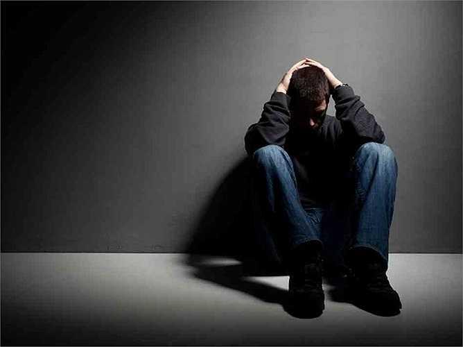 Chứng trầm cảm: Ngoài stress, trầm cảm cũng được xem là thủ phạm 'nặng ký' triệt tiêu ham muốn tình dục. Nhất là khi mắc bệnh, sử dụng thuốc chống trầm cảm lại càng tăng bệnh, trong đó trầm cảm lâm sàng được xem là có mức độ ảnh hưởng lớn, rất may đây lại là căn bệnh có thể khống chế được.