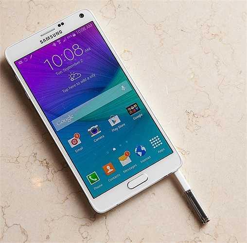 Note 4 được cho là sản phẩm chủ lực của Samsung nhằm cạnh tranh với iPhone 6 dự kiến ra mắt vào 9/9 tới.