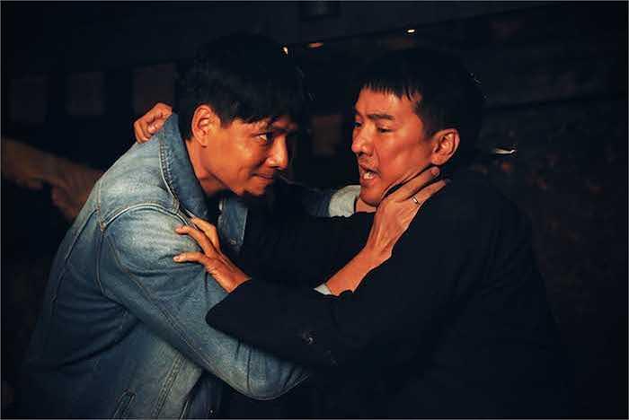 Bộ phim Hiệp sĩ mù sẽ chính thức được ra mắt trên toàn  quốc từ ngày 26/09. Trước đó, buổi công chiếu sẽ được thực hiện ở 3 tỉnh thành phố là: TP. Hồ Chí Minh, Hà Nội và Cần Thơ từ ngày 22 đến 24/09.  Trung Ngạn