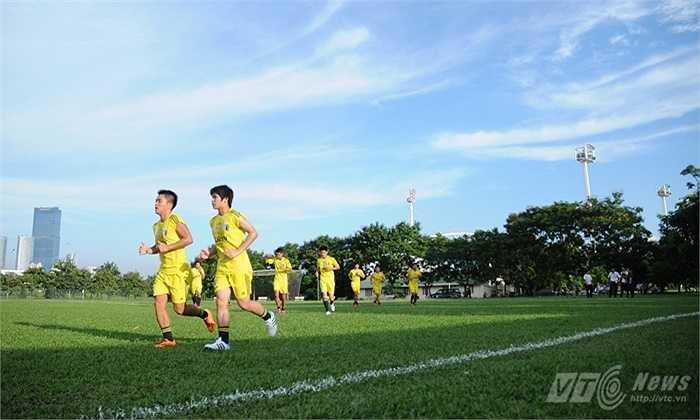 Tuy vậy, thái độ tập luyện trên sân của họ vẫn hết sức chuyên nghiệp