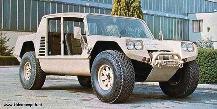 Lamborghini từng cố gắng bán cho quân đội Mỹ các mẫu Cheetah 5.9L V8. Thật không may, mẫu xe quân sự duy nhất mà họ từng thực hiện đã bị thất lạc trong sa mạc nơi thử nghiệm.