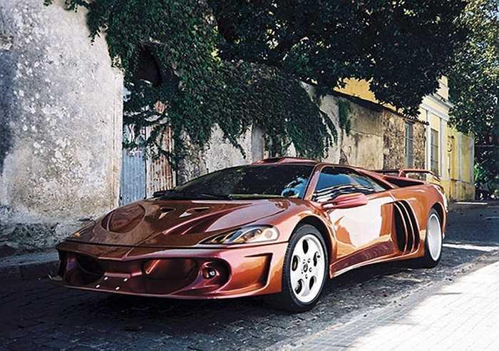 Nhà phân phối Lamborghini ở Nam Mỹ đã được 'cấp phép' của hãng để chế tạo mẫu xe này. Nó được gọi tên là Coatl, công suất cực đại 635 mã lực với tốc độ có thể đạt 234 dặm/h.
