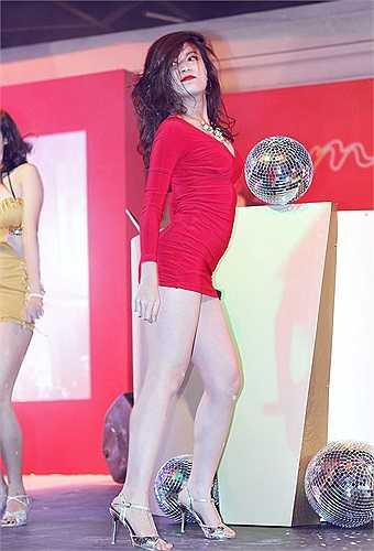 Hoàng Thùy Linh nổi tiếng bằng vũ đạo và sự nóng bỏng bên cạnh tài năng ca hát.