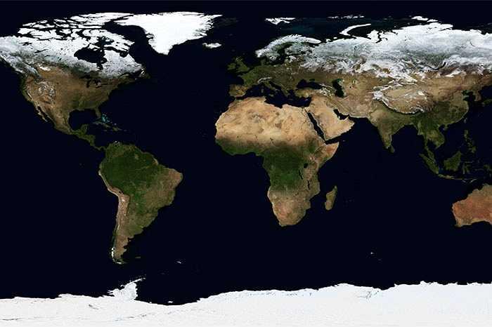 Từ không gian dễ dàng quan sát được sự thay đổi mùa trong năm trên Trái Đất khi lớp băng Bắc Cực rộng 15 triệu km vuông co rút còn một nửa theo thời gian. Ngoài ra, còn có thể thấy được sự phát triển và lụi tàn của thảm thực vật qua 4 mùa trên thế giới.