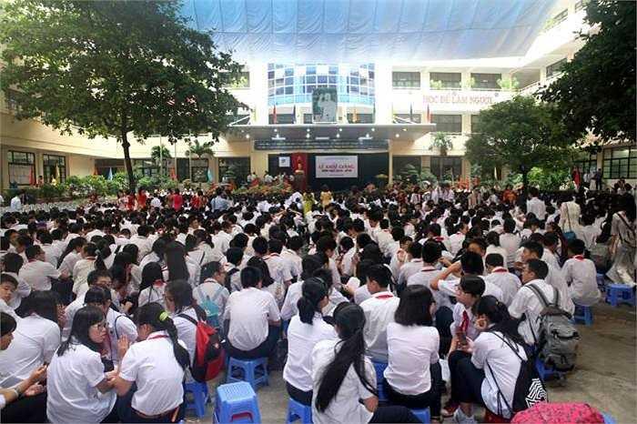 Lễ khai giảng trang trọng tại trường THCS và THPT Nguyễn Tất Thành