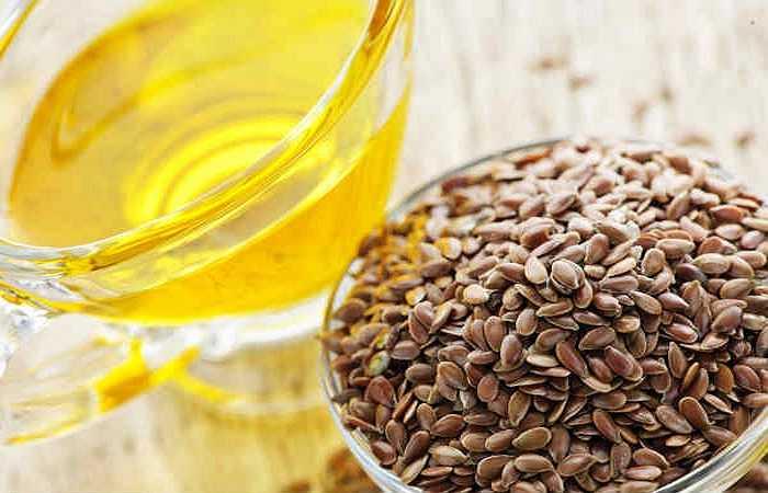 Hạt lanh: Hạt lanh là một nguồn tuyệt vời của protein, chất xơ và axit béo omega-3 axit béo, tất cả đều rất tốt trong việc cải thiện sức mạnh cơ bắp.