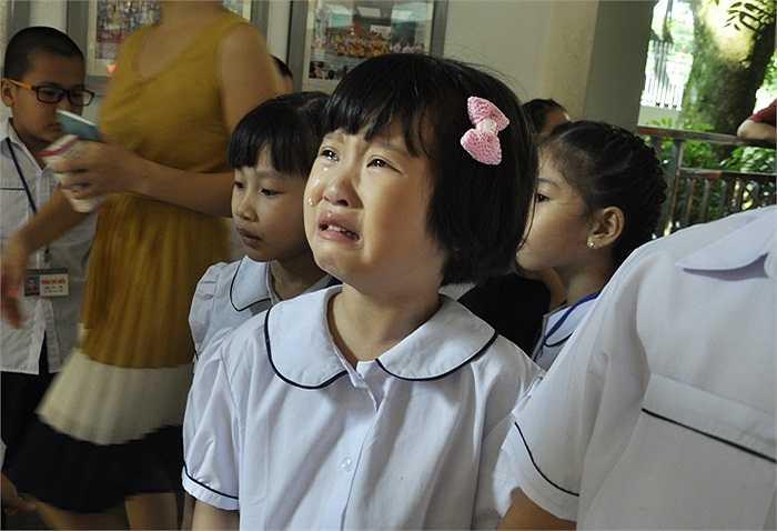 Ngày tựu trường đầu tiên luôn rất đáng nhớ với các em học sinh tiểu học. (Ảnh: Minh Chiến)