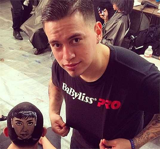 Chân dung chàng thợ cắt tóc điển trai, tài năng - Roberto Perez. Trang Instagram của anh hiện hút hơn 85.000 người theo dõi.