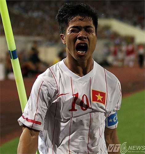Niềm hạnh phúc của Công Phượng chính là hạt giống niềm tin cho người hâm mộ bóng đá Việt Nam