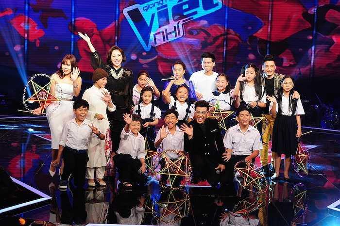 Toàn cảnh sân khấu đầy không khí Trung Thu của 'Giọng hát Việt nhí'. Trung Ngạn