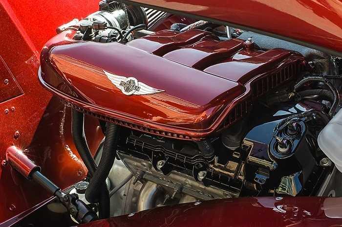 Động cơ của SP1 đến từ cỗ máy 3.7 lít V6 đặt hàng riêng từ hãng Ford. Hệ thống treo mới, hệ thống quản lý động cơ tùy chỉnh và hệ thống xả độ, tạo âm thanh đặc biệt.