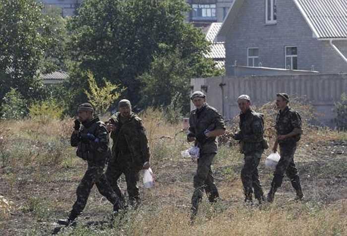 Binh sĩ thuộc tiểu đoàn tự vệ Azov của chính phủ Ukraine