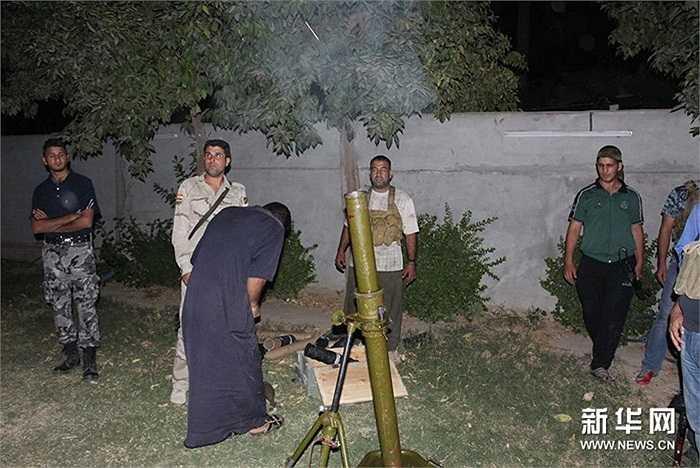Người dân Iraq được huấn luyện chiến đấu chống lại IS