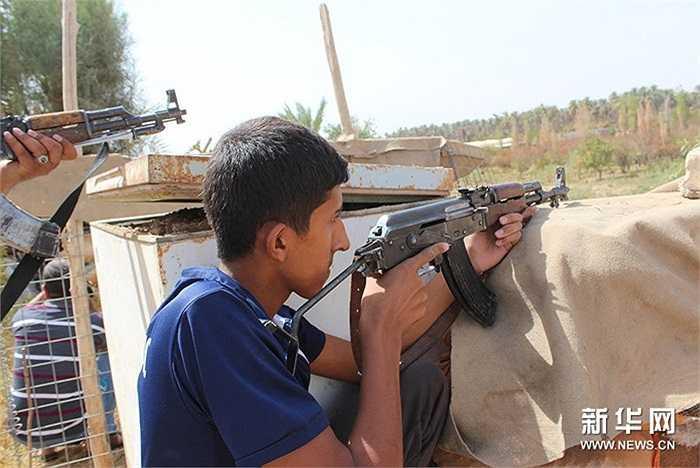 Một thanh niên Iraq cũng tham gia chiến đấu với IS