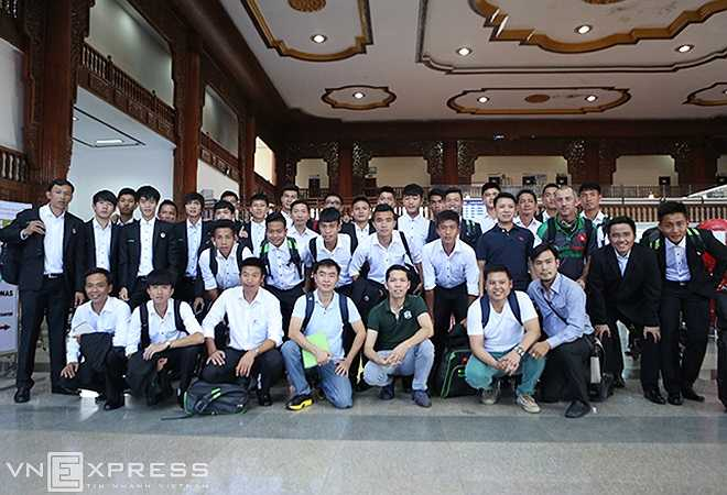 Sau hai trận đấu với U19 Hàn Quốc và U19 Nhật Bản ở Nay Pyi Taw, U19 Việt Nam sẽ ngược về Yangon để thi đấu lượt trận cuối vòng bảng với U19 Trung Quốc vào ngày 13/9. (Ảnh: Vnexpress)