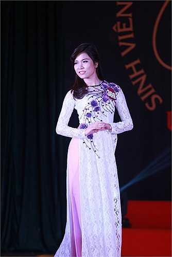 Nhiều thí sinh đã nhận được sự khen ngợi của ban giám khảo và khán giả từ dưới hội trường