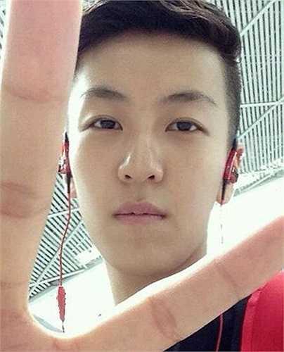 Những ngày gần đây, một vận động viên bóng chuyền Trung Quốc đã gây sốt cộng đồng mạng.