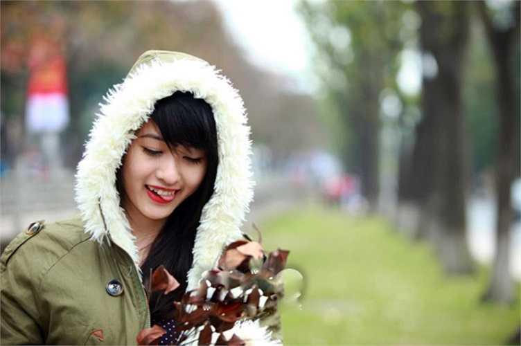 Với gương mặt xinh xắn,cách trả lời thông minh, hóm hỉnh, Nguyễn Thị Dung đã giành ngôi vị cao nhất của cuộc thi.